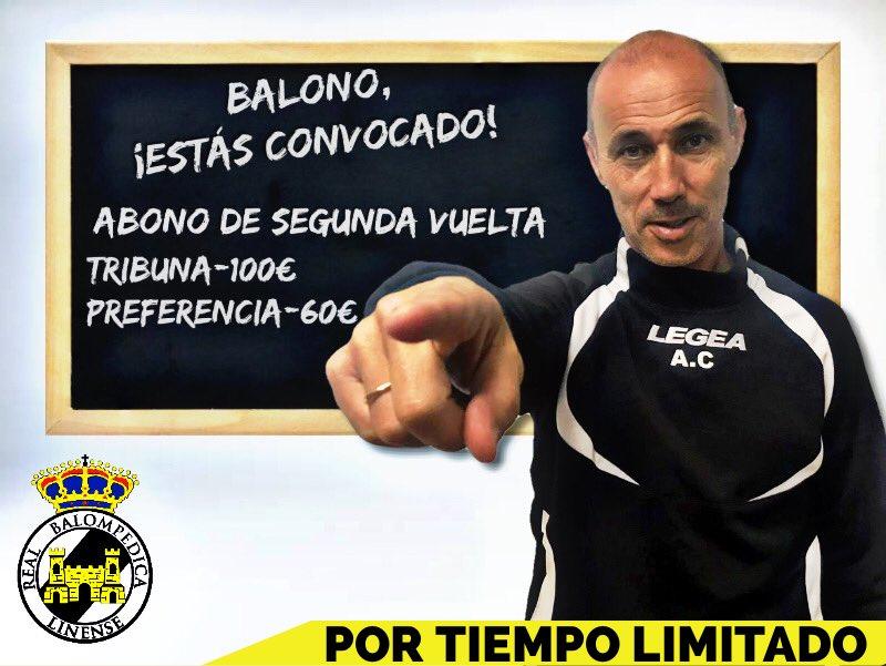 El entrenador de la Balona señalando