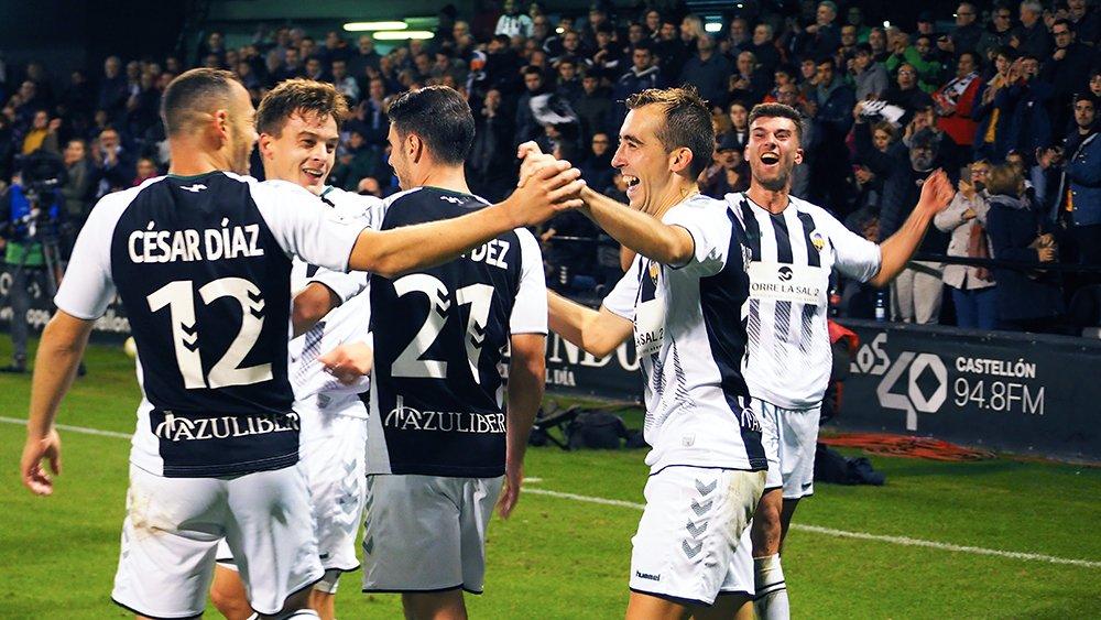 Jugadores del Castellón celebrando un gol