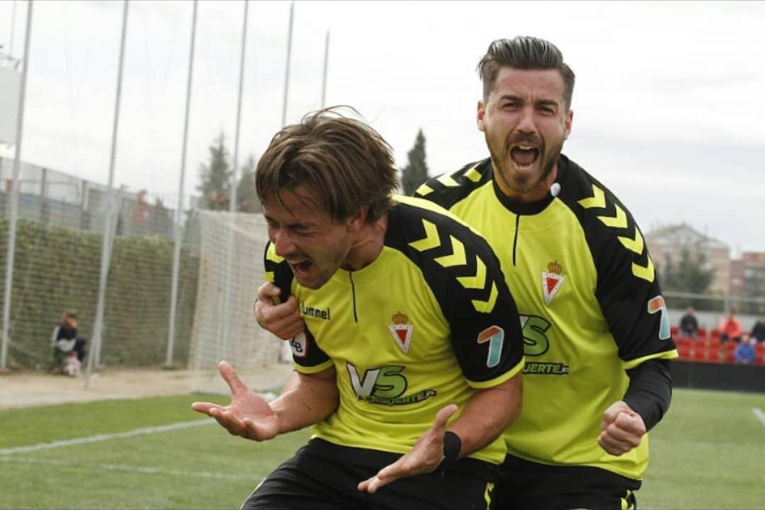 Jugadores del Real Murcia celebrando un gol